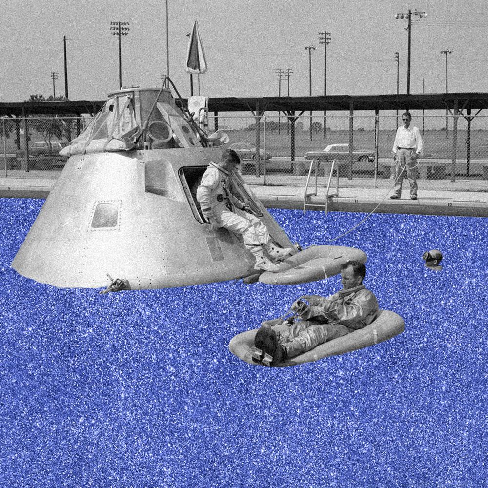 Collage digital, astronautes dans une piscine (photo d'archive et aplat pailletté)
